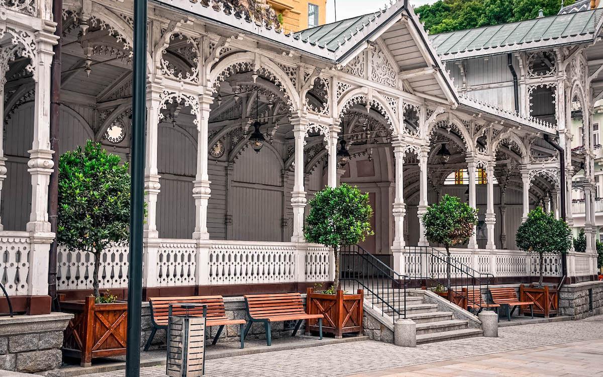 Market Colonnade Karlovy Vary white details