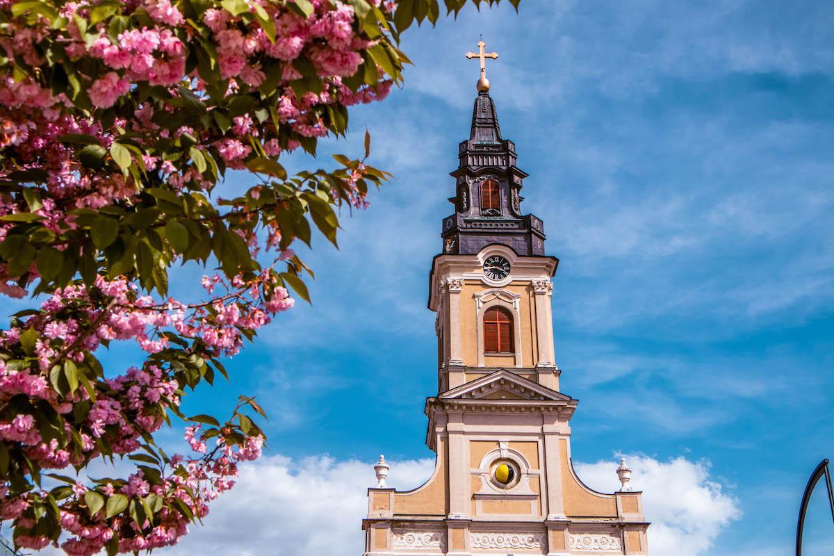 Moon Church Oradea, Biserica cu luna Oradea