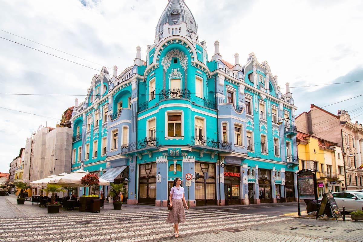 Moskovits Palace Oradea, Palatul Moskovits Oradea, Blue art Nouveau building Oradea