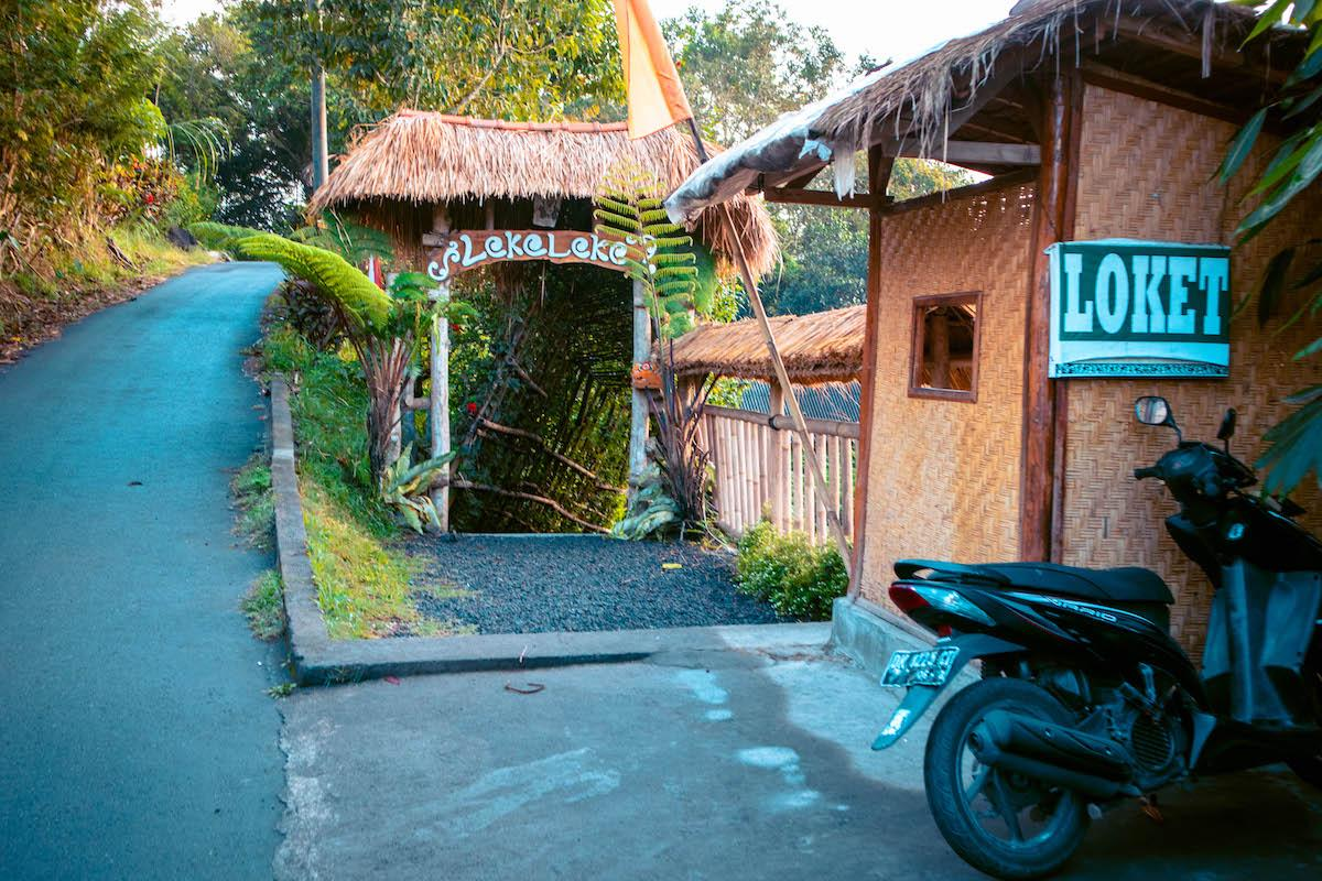 Leke Leke Waterfall Bali entrance and parking